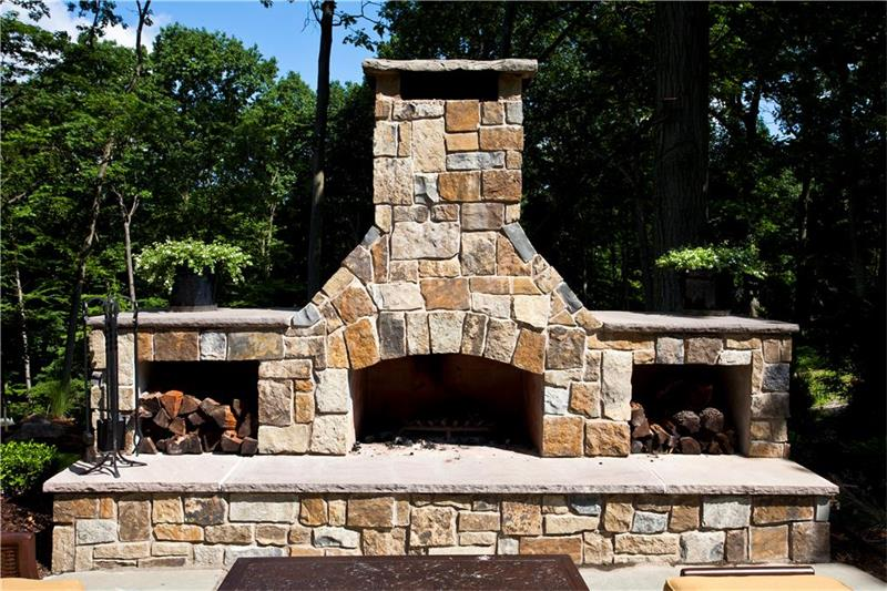 Patio, Outdoor Fireplace & Fire Pit